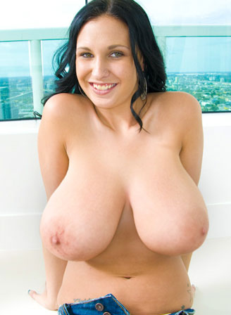 Slut With Huge Big Tits